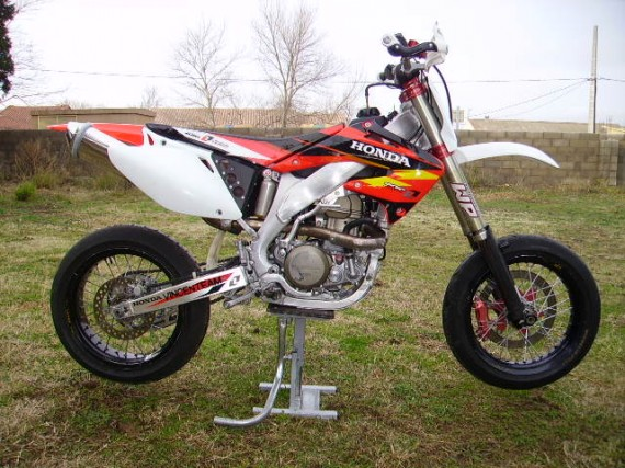 450 CRF course supermotard