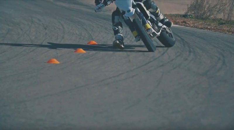 Teaser make supermoto great again